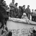 Transición política en Europa tras el río rojo del comunismo