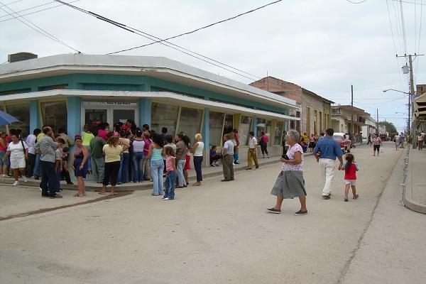 Puerto_Padre__Cuba-3