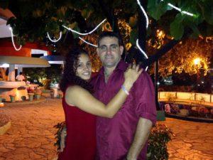 Alexei Gámez y Liset Sanabria Arias, su esposa