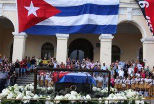 paso-de-la-caravana-con-cenizas-de-fidel-por-pueblos-y-ciudades-cubanas